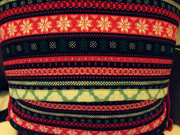 xmaspillowbackcloseup